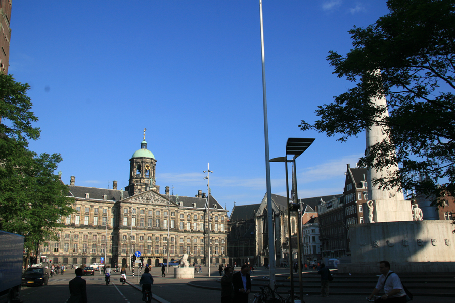 Dam Square - jet lag early rise