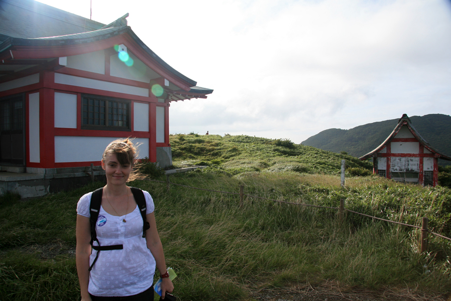 Tina at the Komagatake Shrine